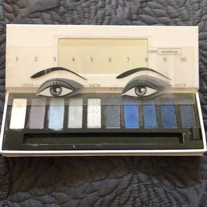 Clarins The Essentials Makeup Palette- cool
